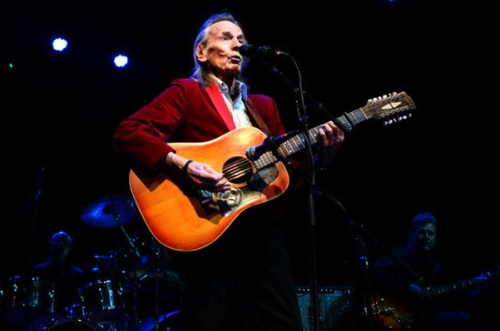 Gordon Lightfoot on stage at the Ottawa Folkfest 2013. Photo: Sun Media