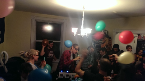 Bloody Boy Blue among the balloons and the chaos at ROBOT!HOUSE!